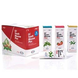 TOOTH MOUSSE PLUS Strawberry 40g Tube Box of 10