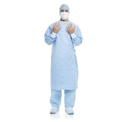 AERO BLUE Performance Surgical Gown Sterile Small Case of 30
